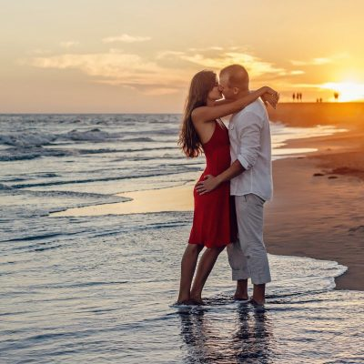Tips To Select The Best Escorts For Dating