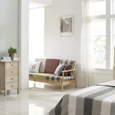 How To Give Your Master Bedroom A Budget-Friendly Spring Makeover